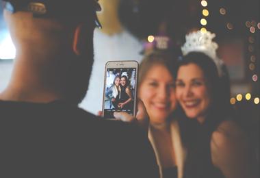 Bespaartip #43 | Goed voornemen 'Meer tijd met vrienden/familie'