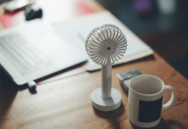 Airco's en ventilatoren bij Coolblue tegen de hitte